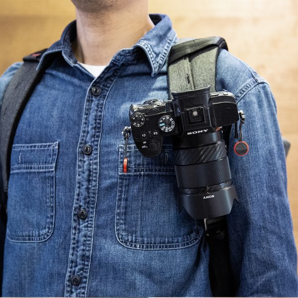 ulanzi-backpack-claw-for-gopro-1-action-cameras-india-tiyana-